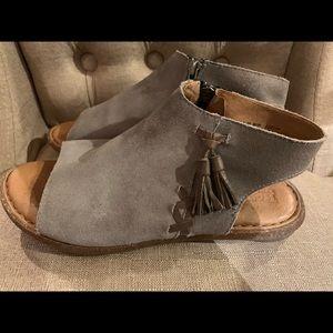 Born sandals women's size 8